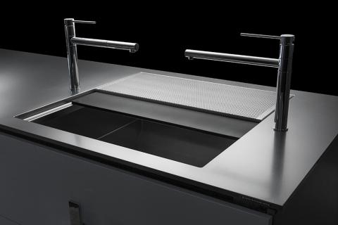 Parallelo Titanium Worktop | Door Panel Medium/Titanium