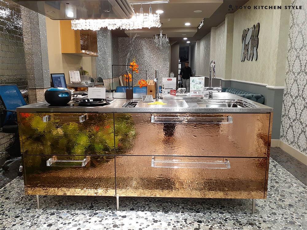 Đảo bếp cube của thương hiệu tủ bếp cao cấp Nhật Bản Toyo Kitchen Style